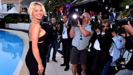Pamela Anderson la 50 de ani 2