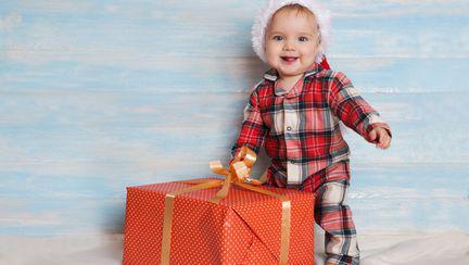 Tendințe 2017 – Idei de cadouri pentru prima vizită la un bebeluș