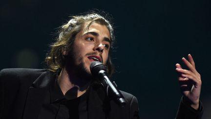Salvador Sobral din Portugalia este câștigătorul Eurovision 2017, cu piesa Amar Pelos Dois