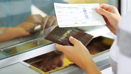 bilet de avion