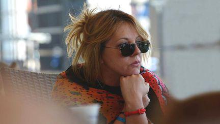 Actrița Natalie Ester a fost agresată sexual în scara blocului