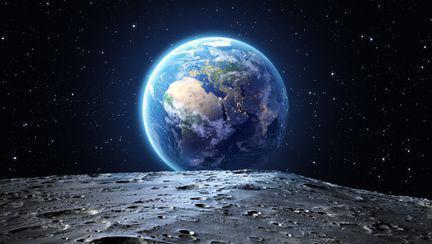 Tur virtual al Lunii realizat de NASA