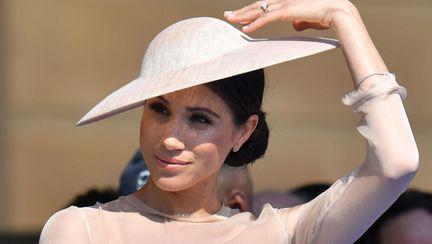 Ducesa de Sussex ducand o mana la palarie