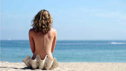 Plaje nudisti_cover
