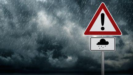Avertizare METEO: Ploi torențiale și vijelii. Ce zone vor fi afectate