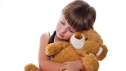 Un ursuleț de pluș a fost dat în căutare internațională. Ce conține jucăria