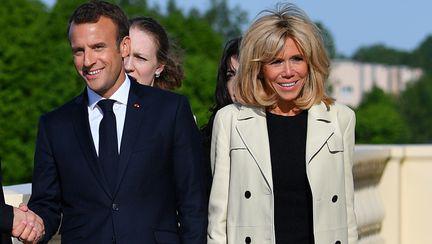 Brigitte Macron, fotografiată în costum de baie la 64 de ani