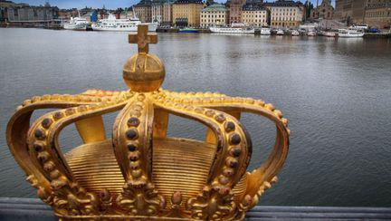 coroana asezata pe un pod din suedia