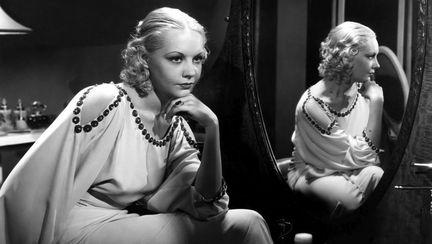 "Mary Carlisle in filmul ""Ladies must love"" 1933"