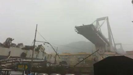 Podul Morandi s-a prăbușit lângă orașul italian Genova VIDEO