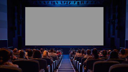 cinema unde vezi filme de la noaptea alba a filmului romanesc