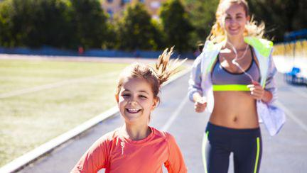 (P) 5 sfaturi ca să-ți motivezi copilul să facă mai multă mișcare