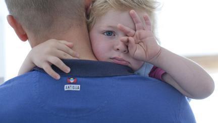 Rezistă şantajului sentimental al copilului