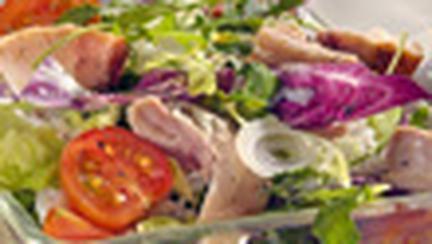 Salata calda cu carne de pui