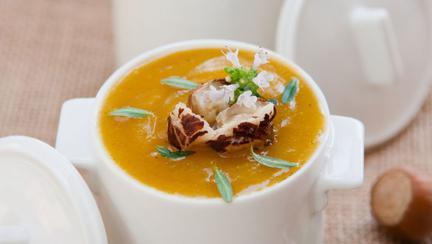 Supa de dovleac şi cartofi