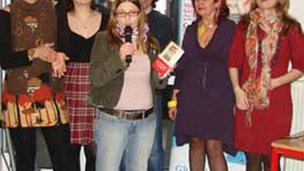 """S-a lansat cartea """"Nasterea. Istorii traite"""""""