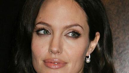 Angelina Jolie si moda
