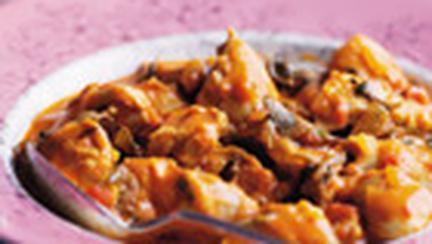 Pui cu rosii si curry, in stil indian
