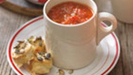 Supa de rosii cu usturoi copt
