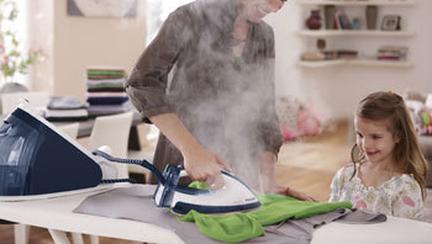 Noul sistem de calcat Philips PerfectCare nu arde hainele