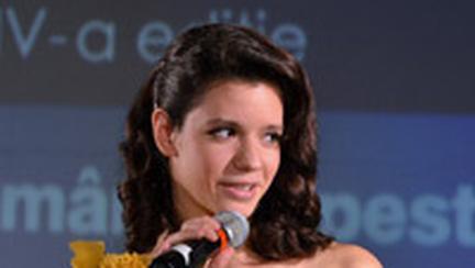 Tinutele vedetelor, la Gala Femeia anului 2011