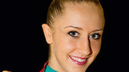 Andreea Stefanescu, campioana la gimnastica ritmica, in Italia