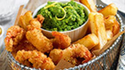 Crevete crocante si cartofi prajiti, in cosulet