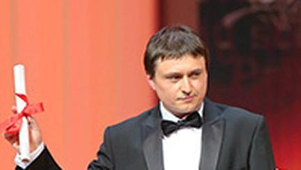 Cristian Mungiu, Cosmina Stratan si Christina Flutur, laureati la Cannes