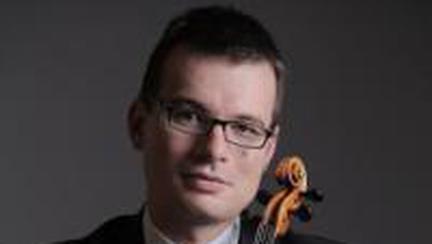 Violonistul Alexandru Tomescu într-un concert regal