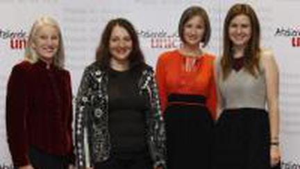 Melania Medeleanu ne ofera un model de voluntariat