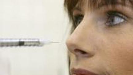 """Mezobotox: Cum să scapi de riduri fără a avea """"faţa îngheţată"""""""