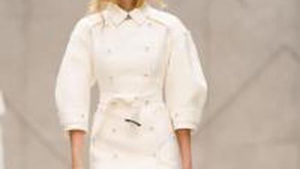 Moda: Colectiile Burberry de Primavara-Vara 2013