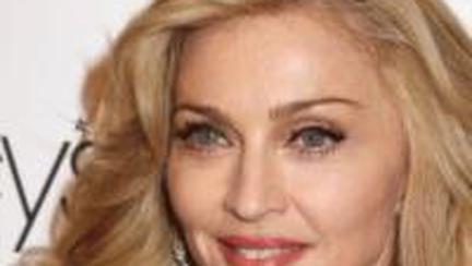 Frumuseţe: Cât te costă să arăţi ca Madonna?