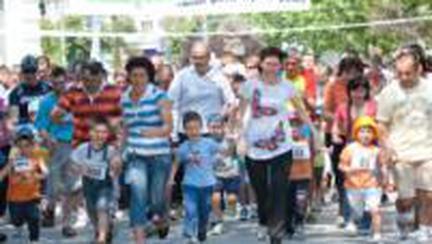Viaţă sănătoasă: Cross pentru părinţi şi copii