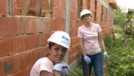 Echipa Avantaje la Women Build!