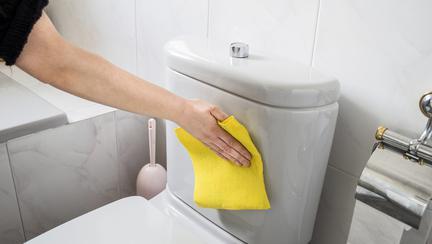 6 greșeli de igienă pe care le faci și tu în baie