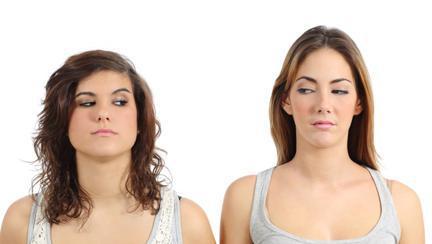 TEST Cât de bine îţi controlezi invidia sau gelozia