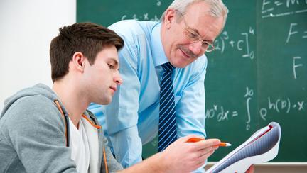 Salariile profesorilor se măresc de la 1 februarie! Câți bani în plus vor primi