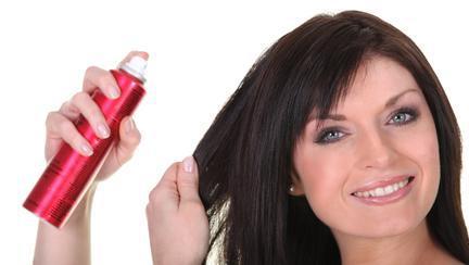Cum trebuie să aplici șamponul uscat