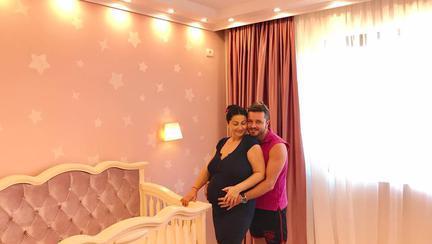 Gabriela Cristea și Tavi Clonda numără zile până când vor deveni părinți! Când va naște prezentatoarea?