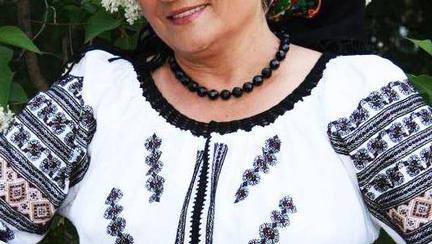 Are 71 de ani, dar nimeni nu o crede, iar ridurile nu se văd pe chipul ei! Laura Lavric a dezvăluit care este secretul tinereții sale