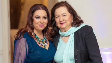 """Astăzi este ziua de naștere a Mioarei Roman! Fiica ei, Oana, i-a transmis un mesaj emoționant: """"Ştiu că nu ți-e usor, dar nu te plângi niciodată!"""""""