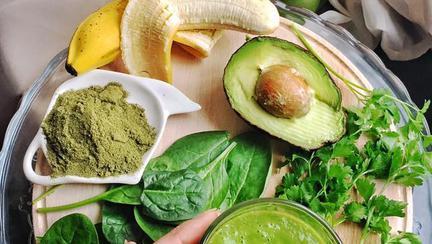 """Smoothie-ul delicios care îți face ziua mai frumoasă! Rețeta secretă dezvăluită de Lili Sandu: """"Un mic dejun sănătos bogat în vitamine, proteine și antioxidanți"""""""