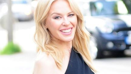 La 50 de ani, Kylie Minogue are un nou iubit