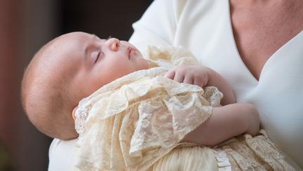 Cadoul Prințului Harry pentru Prințul Louis la botez