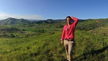 Cine este Matei Negrescu, noul concurent de la Ferma 2019