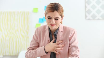 (P) Ce afecțiuni pot ascunde durerile în piept