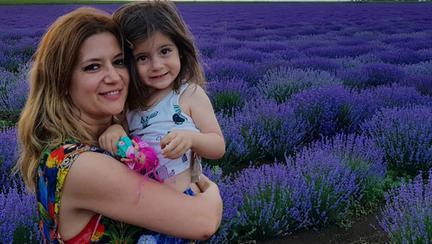 Amalia Enache și fiica ei Alma