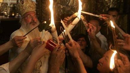 E oficial: romanii pot lua lumina de Paste! Cum se va putea face acest lucru: anuntul autoritatilor