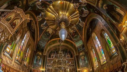 Biserici din București cu moaște și icoane făcătoare de minuni (I)